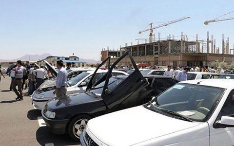 بازار خودرو را نمی توان در کوتاه مدت کنترل کرد بازار خودرو, صنعت خودرو