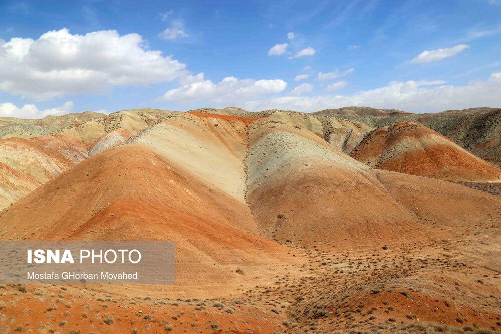 61725313 کوه های رنگی, آلاداغلار
