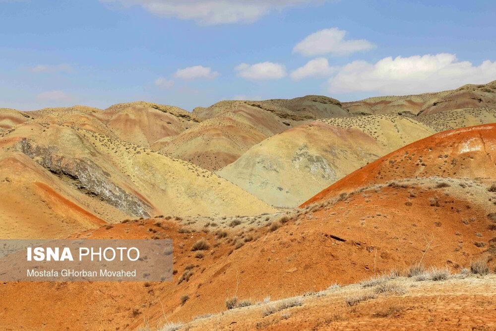 61725315 کوه های رنگی, آلاداغلار