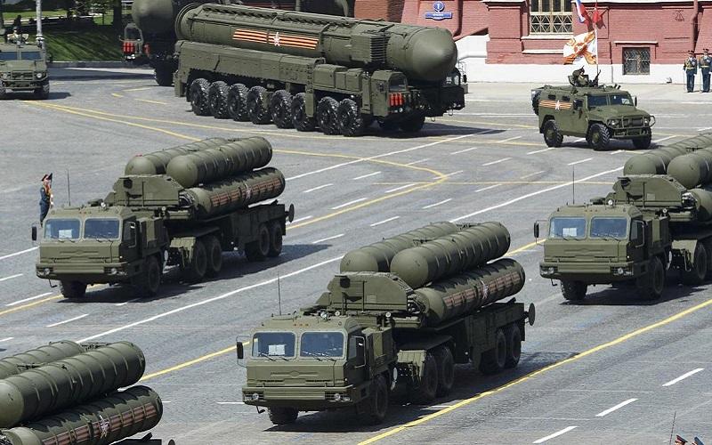 پایان تحریم تسلیحاتی/ روسیه و چین به ایران اسلحه می فروشند یا مرعوب تهدیدات امریکا می شوند؟