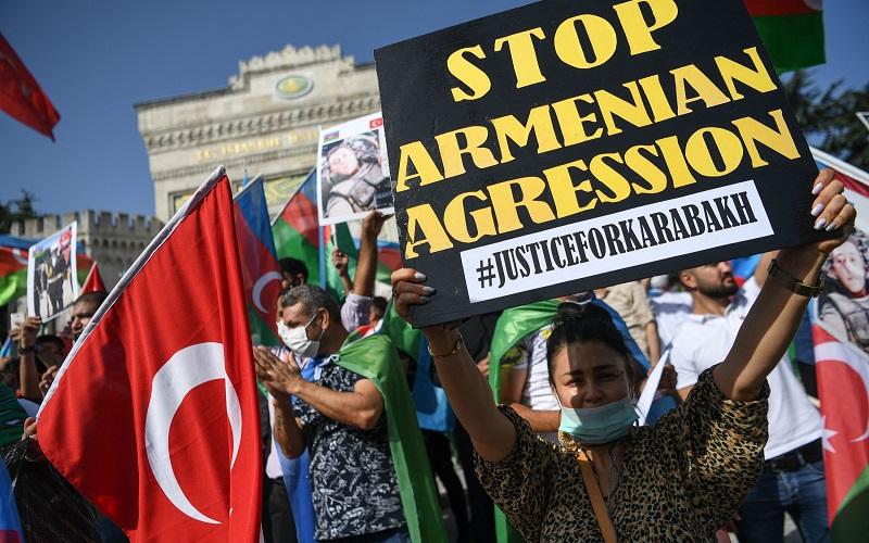 خبرگزاری فرانسه: معترضان طرفدار آذربایجان در استانبول، ترکیه