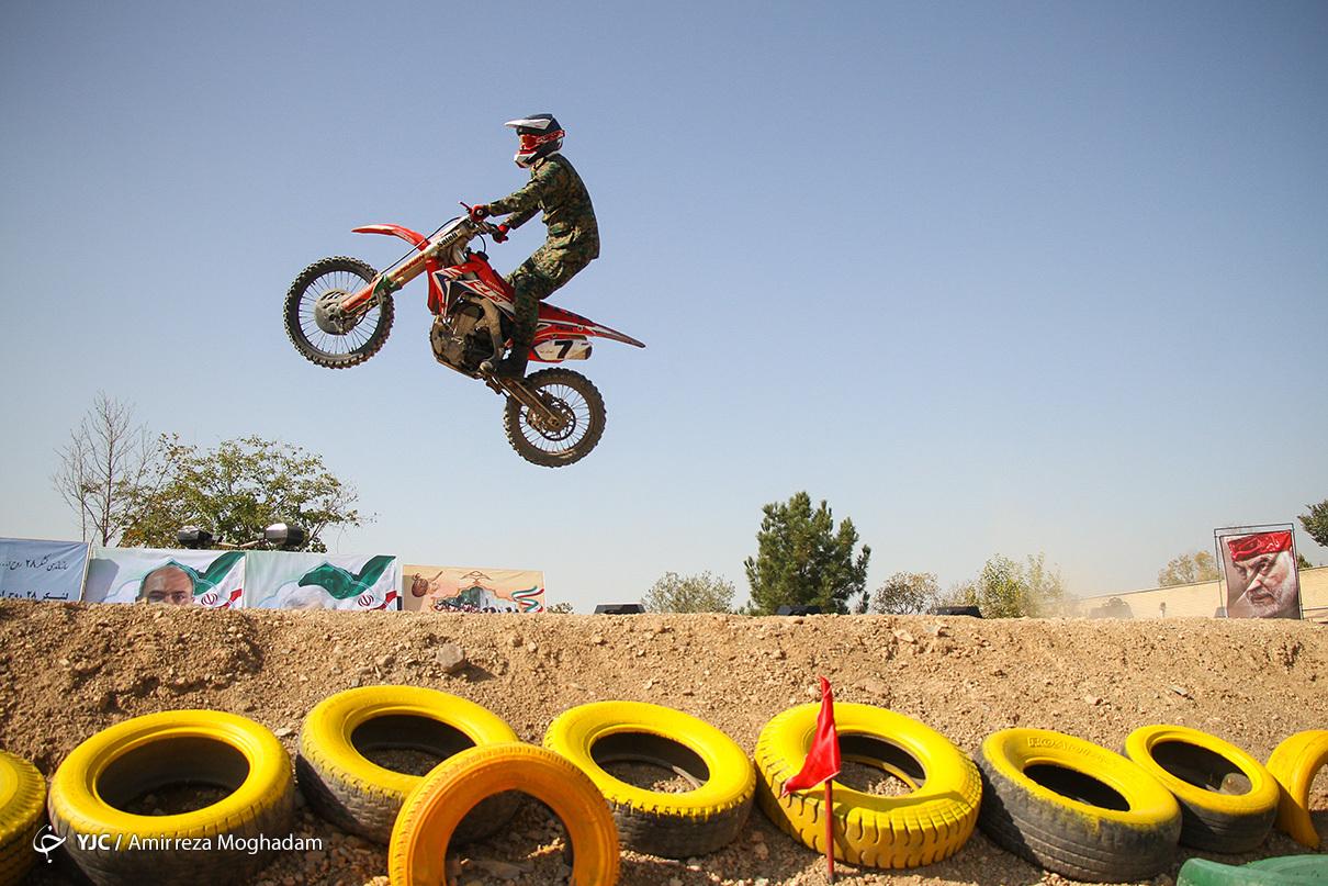مسابقات اتومبیلرانی و موتور سواری ترکیبی عملیاتی ناجا