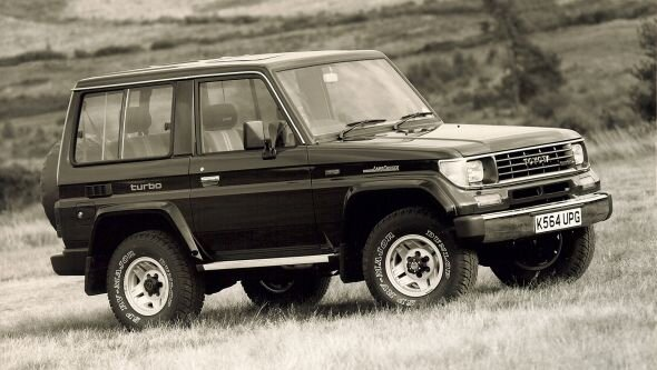تویوتا لندکروزر به پایان خط رسید؛ نگاهی به تاریخچه محبوبترین خودروی آفرود