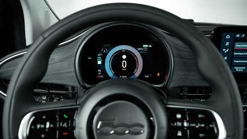 resized 1148395 326 فیات 500e, صنعت خودروی جهان