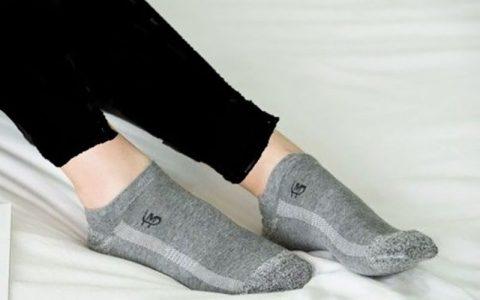 تولید جورابهایی که مانع بوی بد پا می شوند