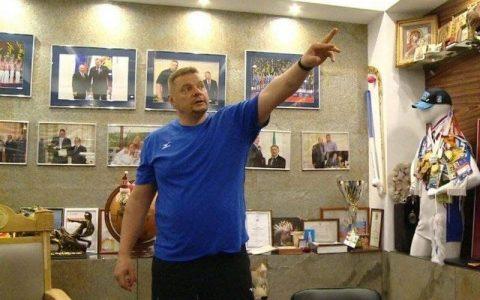 رونمایی فدراسیون والیبال از سرمربی تیم ملی؛ روسی که رُس میکشد فدراسیون والیبال, سرمربی تیم ملی