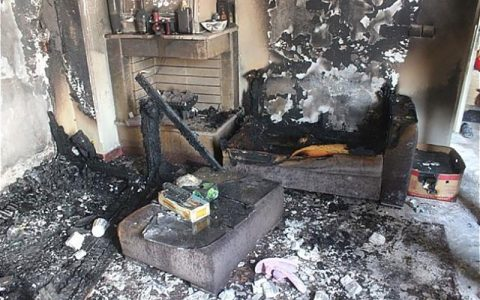 زنده زنده سوختن کودک یک ساله در درگیری آتشین طلبکار و بدهکار سوختن کودک