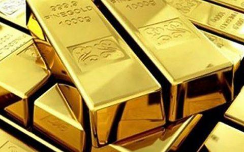 طلا صعود کرد/ دلار بازماند