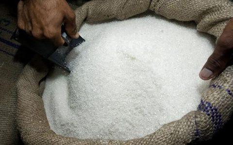 قیمت شکر نهایی شد نرخ برای مصرفکننده روی ۸۷۰۰ تومان ثابت ماند قیمت شکر