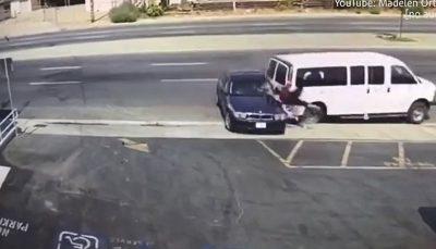 لحظه وحشتناک تصادف با خانمی در پارکینگ/ فیلم