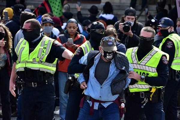 13990811000431 Test PhotoL اعتراضات انتخاباتی, بورلی هیلز, انتخابات آمریکا