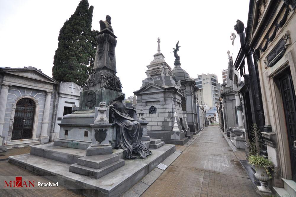 2831909 368 قبرستانهای تاریخی جهان, تصاویر