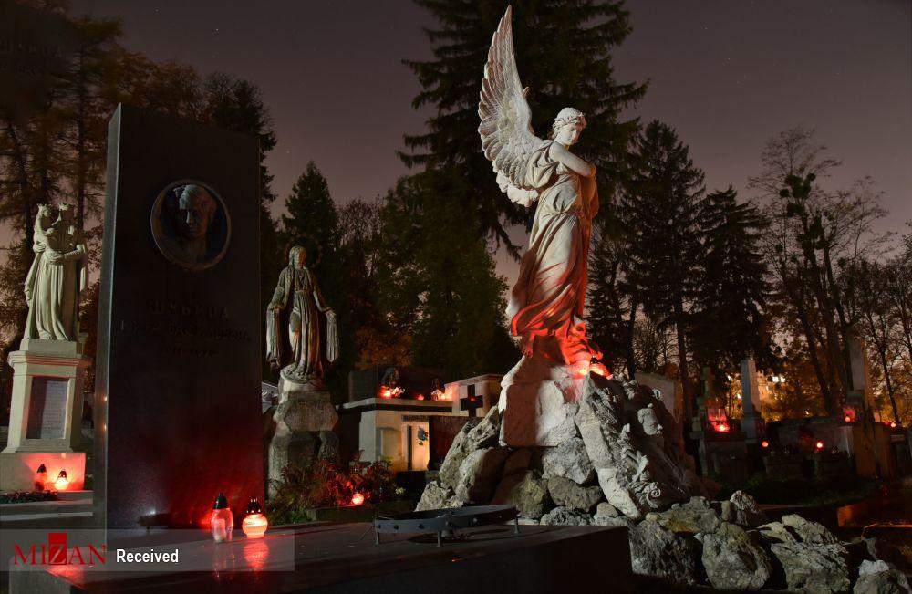 2831911 769 قبرستانهای تاریخی جهان, تصاویر