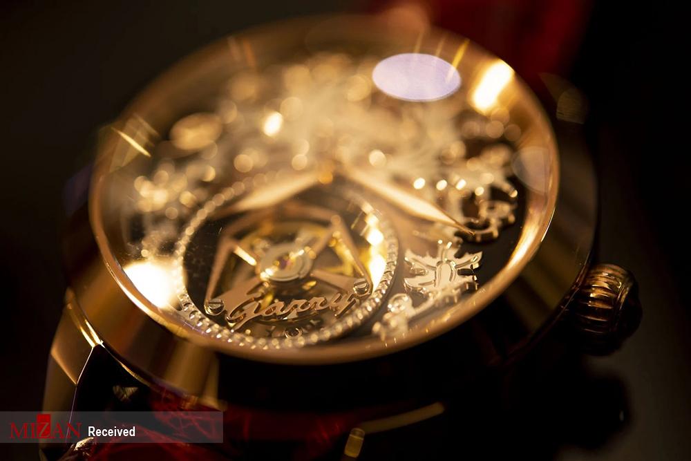 ساعتهای سفارشی - هنگ گنگ