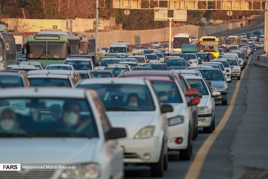 تصاویر عجیب از تهرانیها / ترافیک سنگین پیش از قرنطینه!