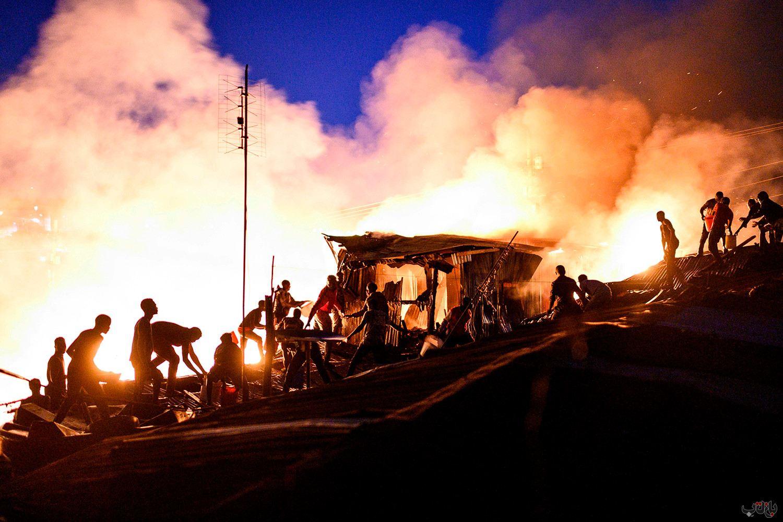 Kenya Fire GettyImages 1229080580 برترین عکس های رسانه ای جهان, بهترین عکس خبری, بهترین عکس های جهان, گزارش تصویری