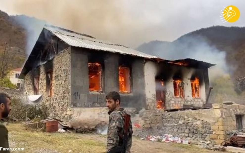ارمنیها قبل از تخلیه روستا در قرهباغ، خانههایشان را آتش زدند!/ عکس
