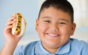 تبعات چاقی قبل از ۶ سالگی پزشکی و سلامت