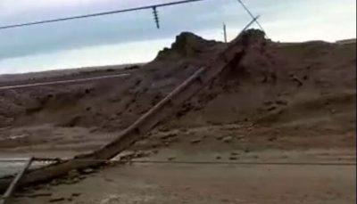 توفان، ۵۰ دکل برق را در روستاهای گناوه تخریب کرد