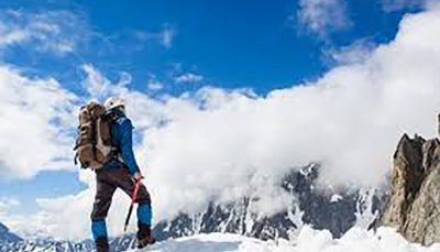 جمعه سیاه کوهنوردان در روز برفی/ لطفا راحت نمیریم