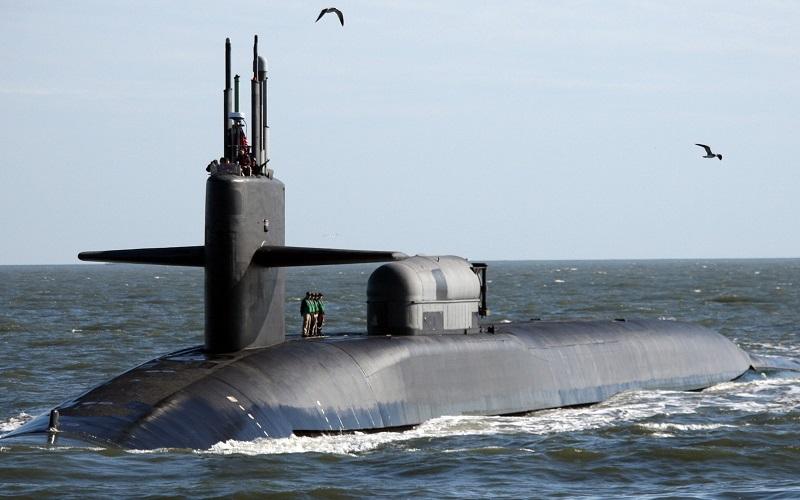 زیر دریایی هسته ای آمریکا ناو هواپیمابر یو اس اس, تحرکات نظامی آمریکا, ترور شهید سلیمانی, انتقام سخت, ایران و امریکا