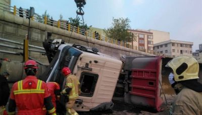 واژگونی مرگبار تریلر در بزرگراه امام علی (ع) / تصاویر