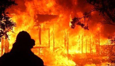 ۲۵ هزار نفر در کالیفرنیا منازلشان را ترک کردند کالیفرنیا, آتشسوزی