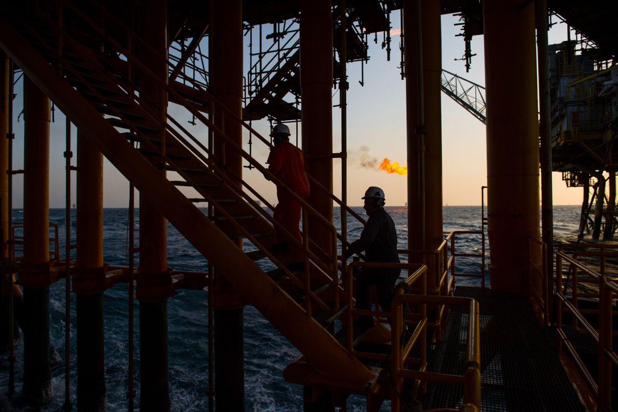 وال استریت ژورنال: رشد 2 برابری صادرات نفت ایران