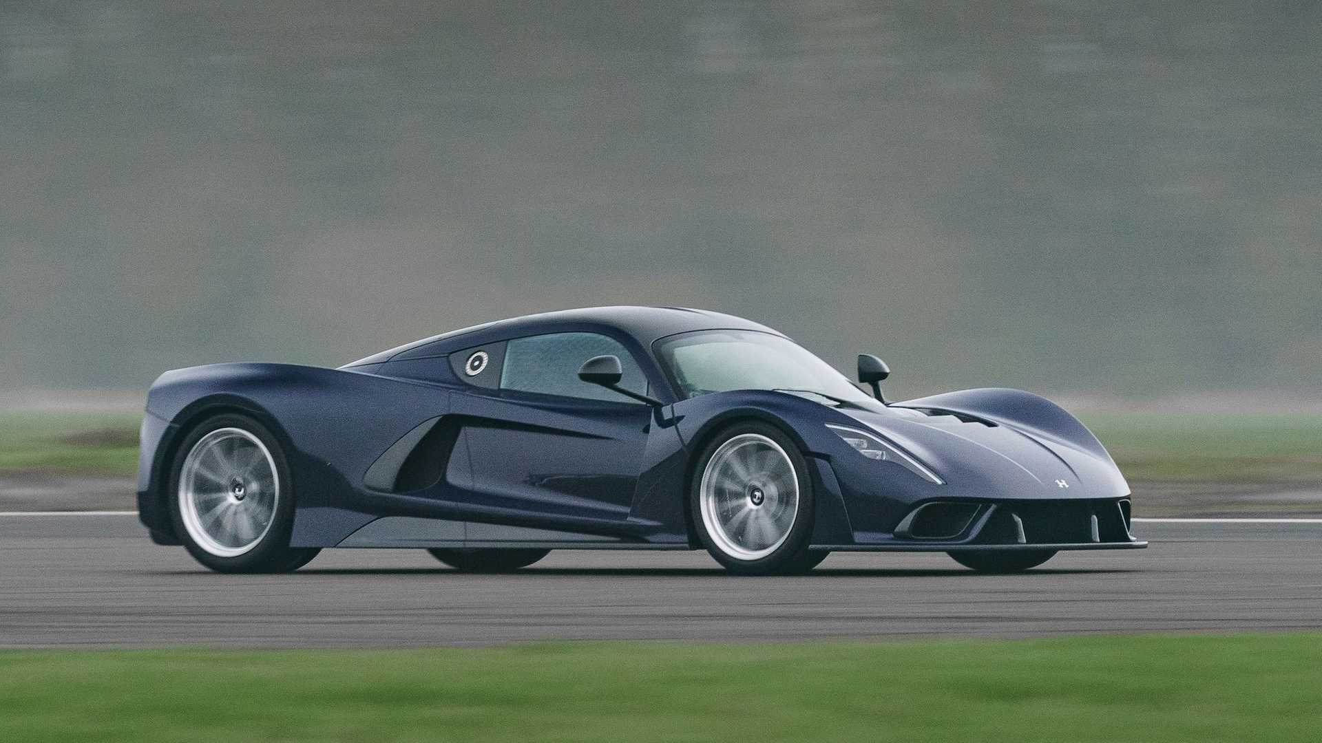 هنسی ونوم اف5؛ ابرخودرویی با سرعت 500 کیلومتر برساعت و تولید محدود به 24 دستگاه/ عکس