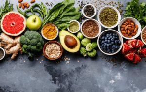 اگر تمام روز مینشینید، این ۸ ماده غذایی را حتما بخورید سبک زندگی