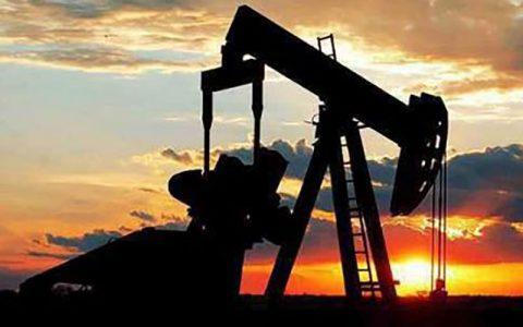 بهای نفت در بازارهای جهانی