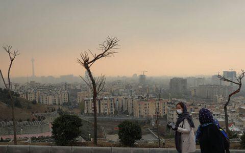 تهران وارد پنجمین روز آلوده شد/ تا حد ممکن در خانه بمانید