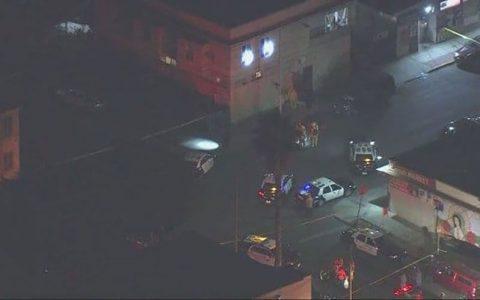 تیراندازیهای مرگبار در شیکاگو و لسآنجلس آمریکا تیراندازی در لس آنجلس و شیکاگو, تیراندازی