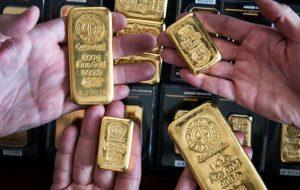 قیمت جهانی طلا با افت دلار رشد کردهر اونس ۱۸۶۰ دلار روی خط خبر