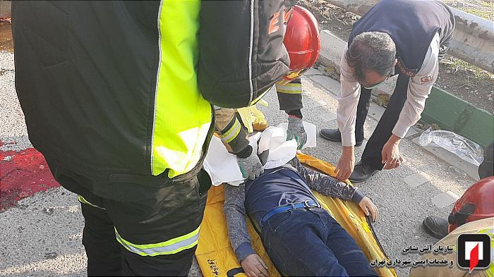 مرگدلخراشپسرنوجواندرحادثهواژگونیوانتبار 1 بزرگراه شهید کاظمی, تصادف