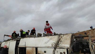 ۲۰ مصدوم در پی واژگونی اتوبوس در تبریز