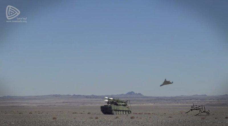 1175456 265 ادعای آسوشیتدپرس: پهپادهای رزمایش روز جمعه سپاه مشابه پهپادهایی است که به تاسیسات نفتی عربستان حمله کردند