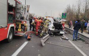 2 پای راننده 206 تهرانی بعد از تصادف قطع شد و در ماشین جا ماند حوادث