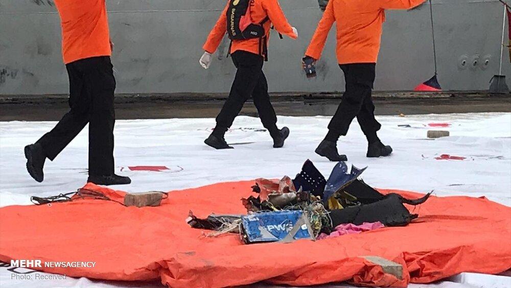 3657156 هواپیمای مسافربری اندونزی, اجساد سرنشینان هواپیما