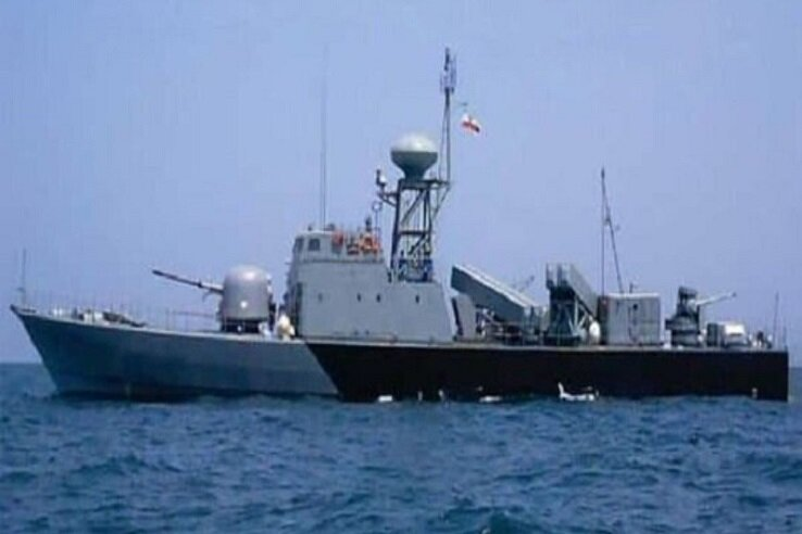 5518208 بزرگترین شناور نظامی ایران