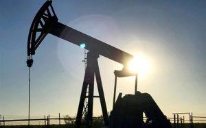 قیمت نفت خام افت کرد / برنت ۶۵ دلاری شد