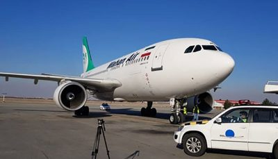 هواپیمای حامل واکسن کرونا بر زمین نشست / اولین دوز واکسن روسی به چه کسی تزریق میشود؟/ عکس