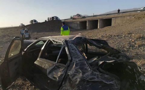 واژگونی خودرو حامل مهاجران خارجی در کاشان ۳ کشته و ۹ مصدوم داشت