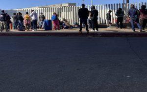 ورود پناهجویان از مرز مکزیک به خاک آمریکا