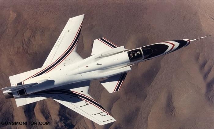 1189779 727 سوخو Su-47؛ پرندهای متفاوت که هرگز وارد خط تولید نشد/ عکس