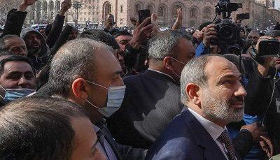 پرواز جنگنده های ارتش بر فراز ایروان/ اوضاع سیاسی ارمنستان متشنج شد