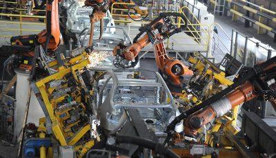 خودرو در آستانه عبور از تولید نیم میلیون دستگاه خودرو