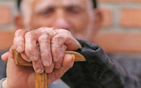 بیمه شدگان بالای ۶۵ سال بدون فرانشیز پذیرش میشوند