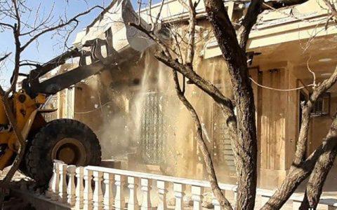 ساختمانهای غیرمجاز متهم فراری پرونده طبری تخریب ساختمانهای غیرمجاز متهم فراری پرونده طبری