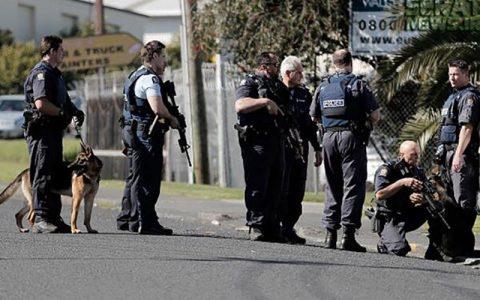 حمله با چاقو در نیوزیلند/ ۴ نفر کشته و زخمی شدند